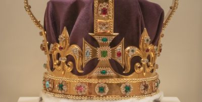 Detail of the St. Edwards crown replica used in the Coronation scene of the Netflix Original production The Crown; photo courtesy Winterthur