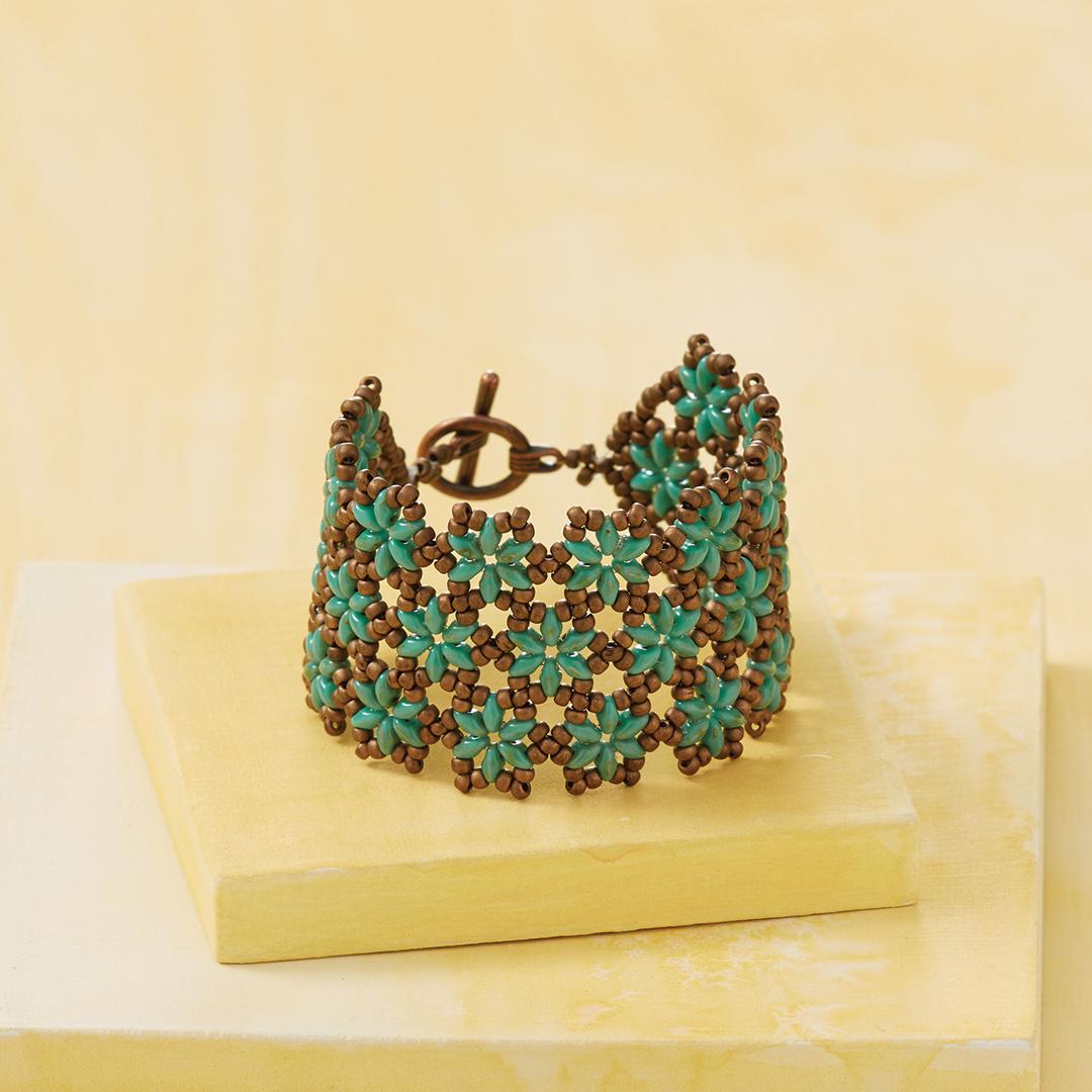 Beads in Bloom Bracelet Beadwork, February/March 2017