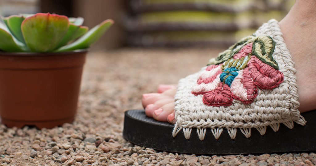 Pattern of the Week: Sumptuous Sandals