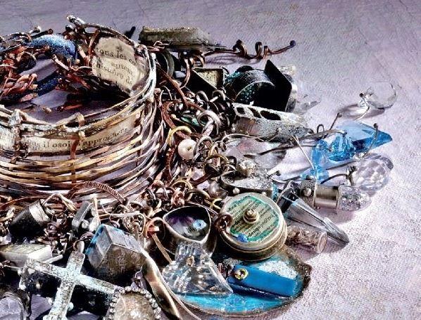 resin jewelry making by Susan Lenart Kazmer