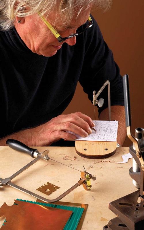 ThomasMann-jewelers-saw-metalsmithing