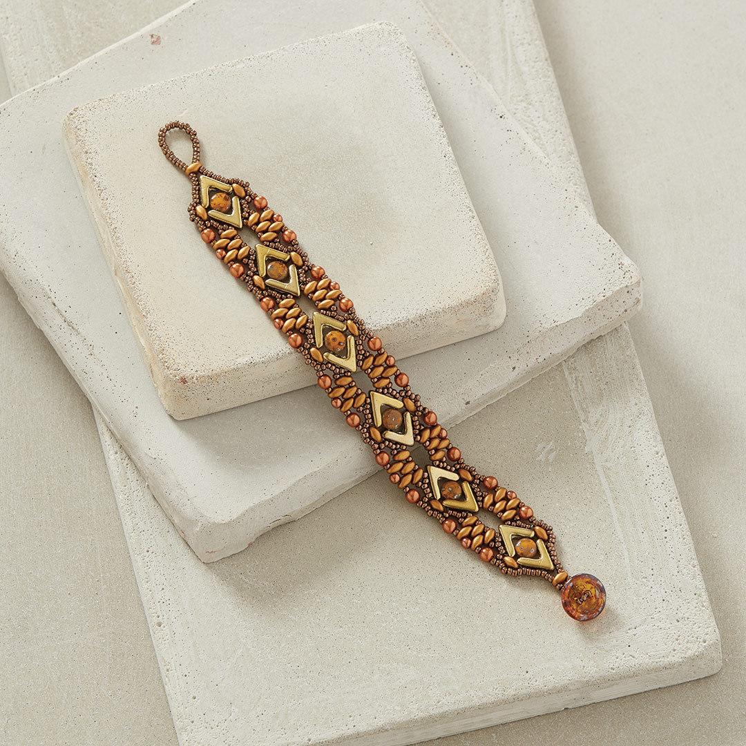 Lost in the Sahara Bracelet by Hortense Thompson easy beading