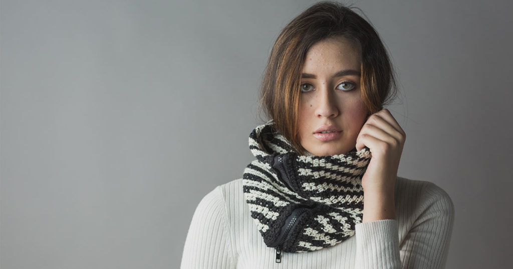 5 Reasons You'll Love Making the Tigre Zippered Cowl