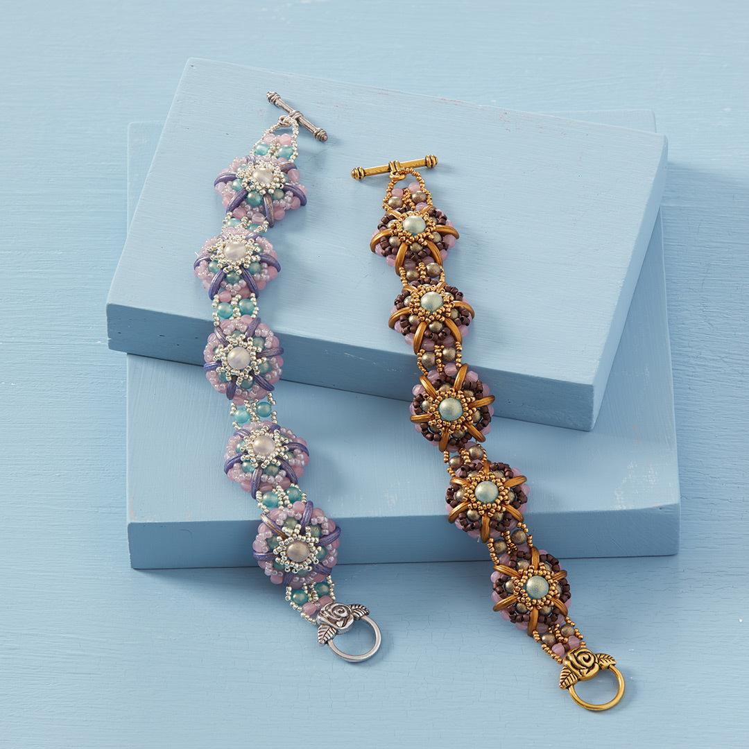 Keiko Wada's Camellia Bracelet using circular netting