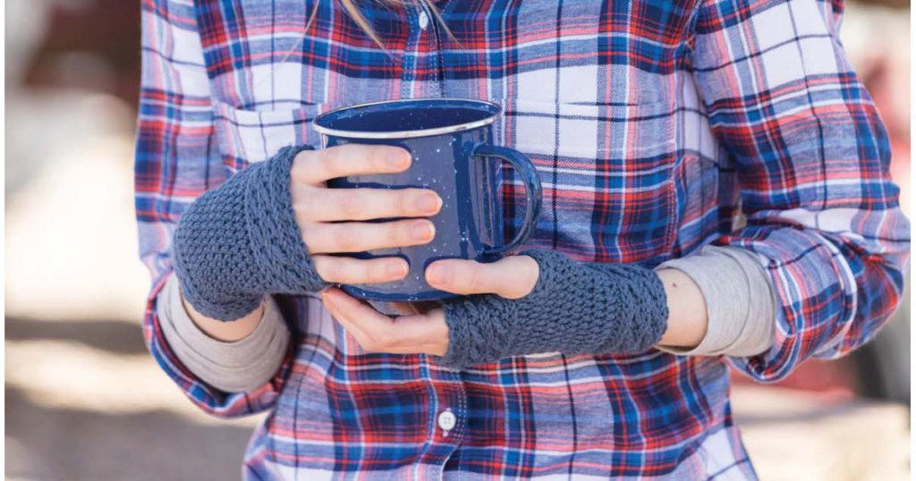 SSJ – Learn This Join & Make These Crochet Fingerless Mitts!