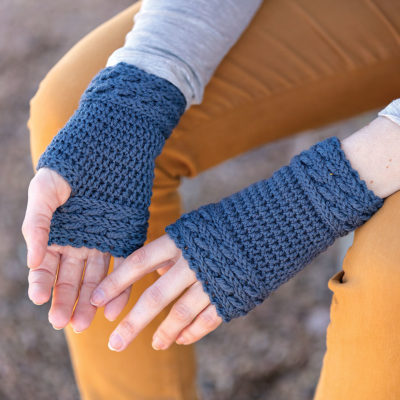 Apple Picking Mitts Crochet Kit - Closer View