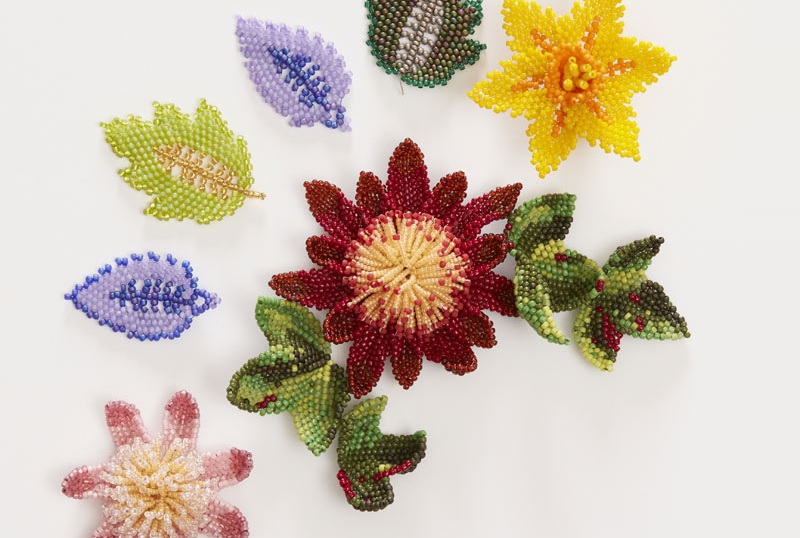 Bead Weaving: Start Your Spring with Beaded Leaves and Flowers with Huib Petersen