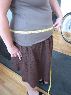 Learn how to measure buddha belly for knitting patterns in this exclusive blog.