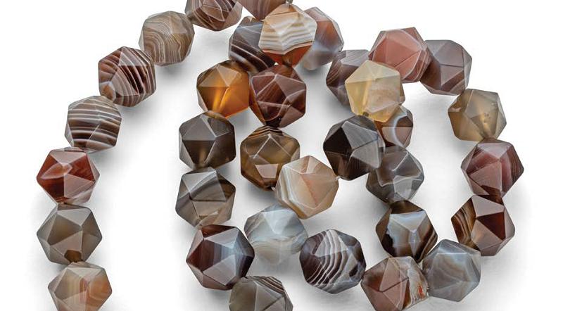 Meet the Gemstones: Dark and Neutral Gems for Winter