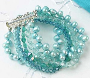 Learn about bracelet-making supplies in this FREE beading tools guide.