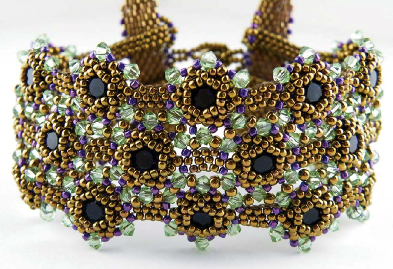 Beadweaving: Exotic Adornments with Seed Beads, Crystals, and a Whole Lot of Elegance