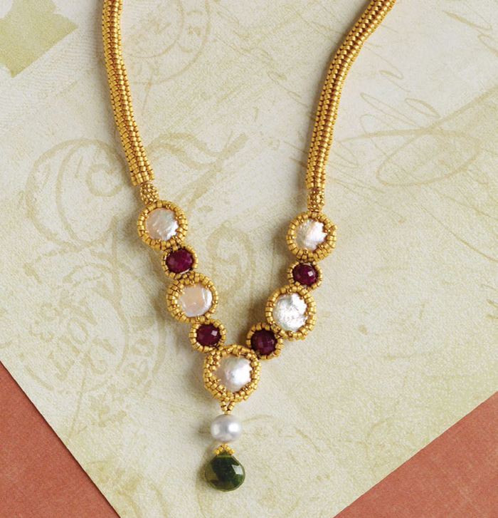 Learn how to make necklaces with this free DIY wedding necklace with beads design.