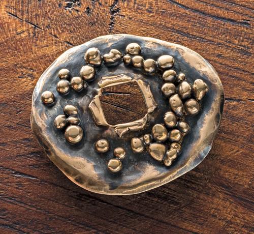 making brooches: Easy Soldered Bronze Brooch by Linda Larsen