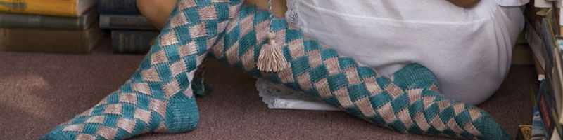 How to Knit Entrelac + 6 Free Patterns