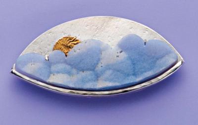 Blue Cloud Drusy Pendant by Lexi Erickson, July 2017 Lapidary Journal Jewelry Artist; photo: Jim Lawson