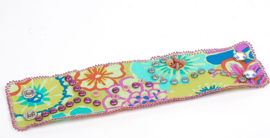 Beadweaving with Lentil Beads: 10 Beading Projects to Make with Lentils