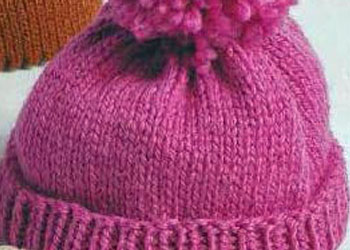 If you're looking for an easy knit hat, this is the pattern for you! It's a quick knit that you can dress up with a pom pom or leave plain.
