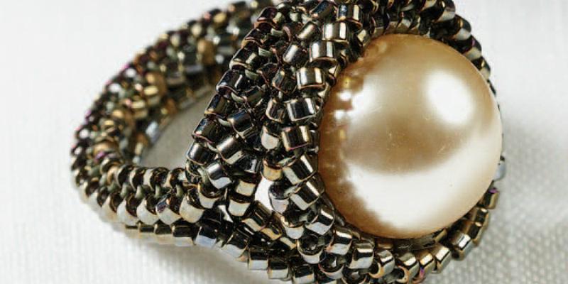 Herringbone Stitch: 7 Free Beading Stitch Patterns You Have