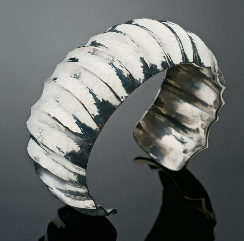 Fluted Silver Cuff, Lapidary Journal Jewelry Artist April 2011. Photo: Jim Lawson