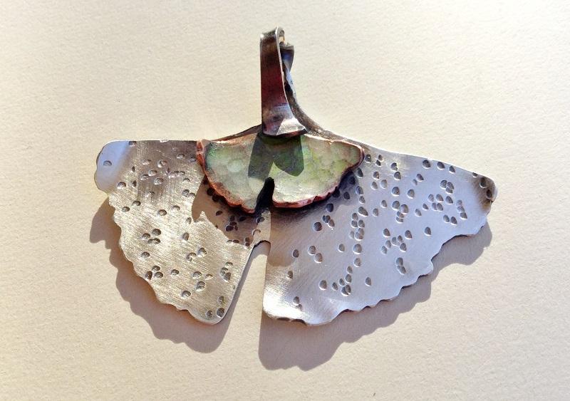 add patina to a ginkgo leaf pendat