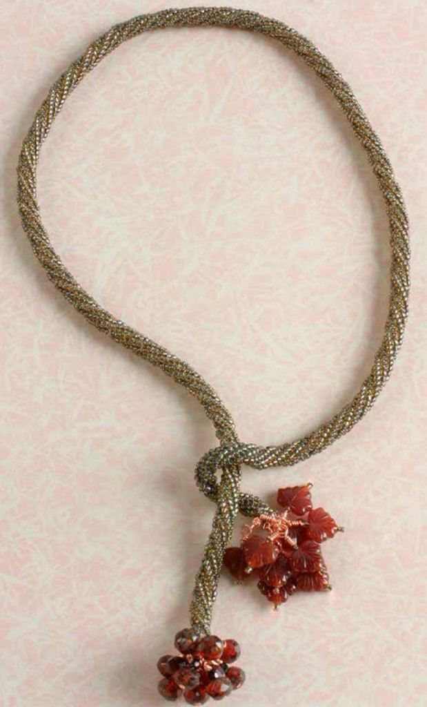 Learn how to make necklaces with this free beaded rope necklace with glass beads design in this free beaded necklaces eBook.