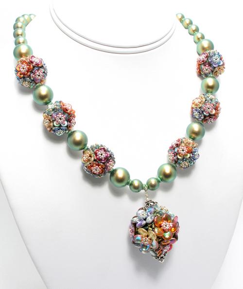 highland-garden-necklace