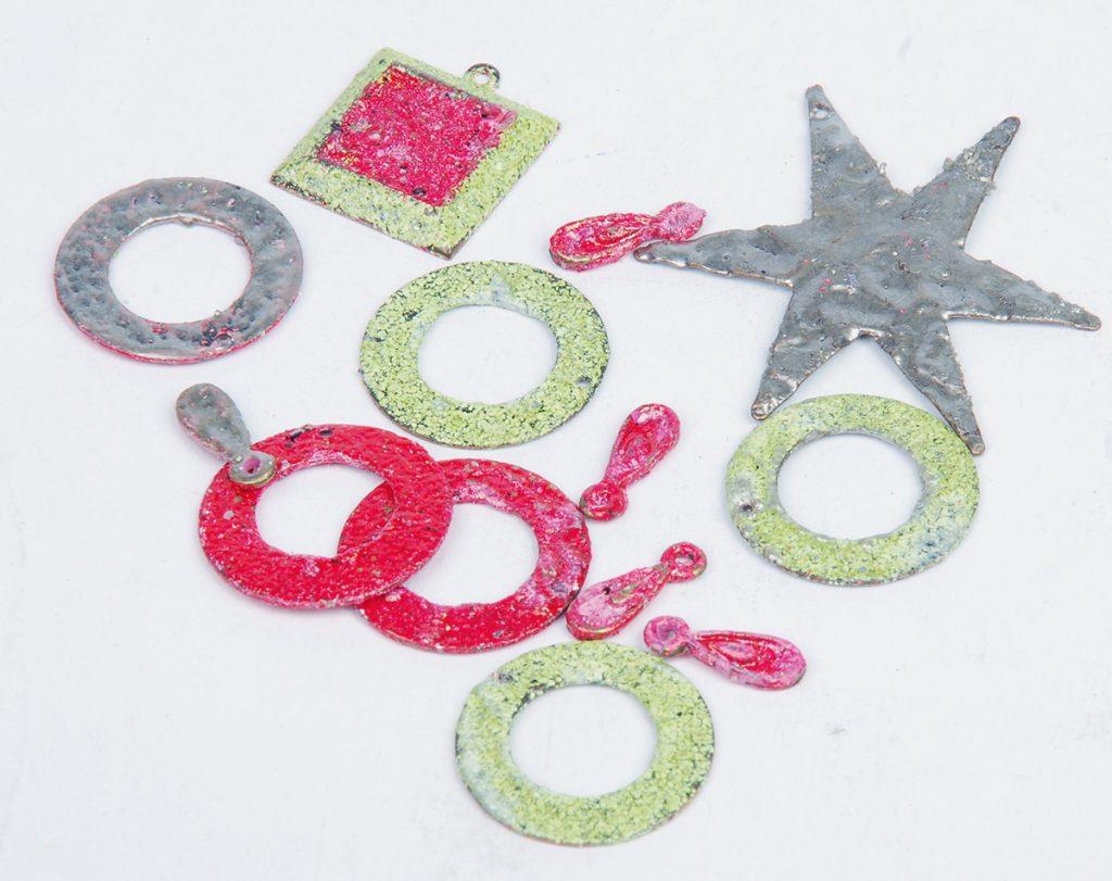Holiday bracelet design free project by Tammy Honaman resin, Iced Enamels, Swarovski crystals
