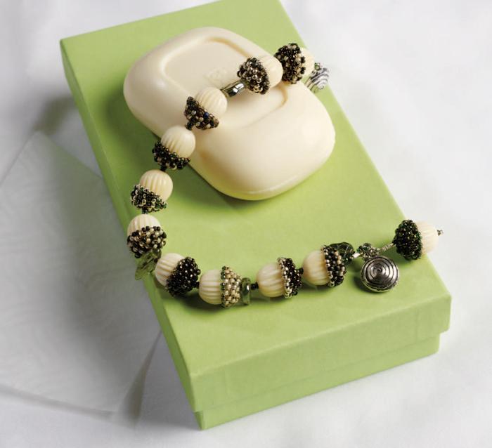 how to make bead bracelets