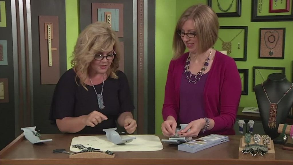 How to Make a Loomed Affinity Bracelet with Julianna Hudgins