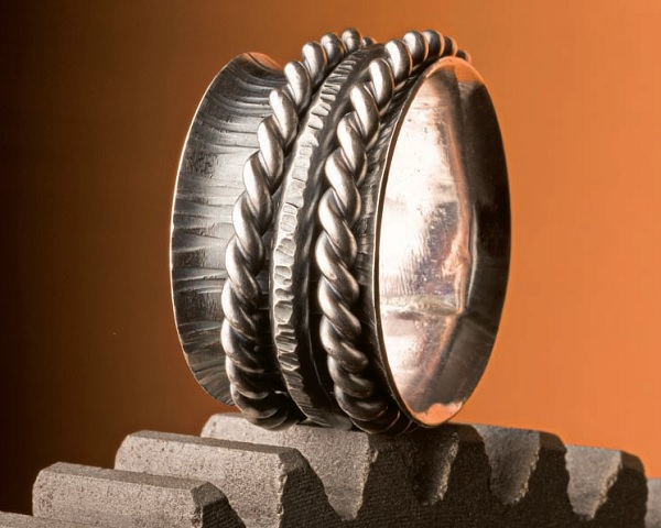 how to make a spinner ring by Lexi Erickson