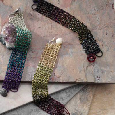 5 Free Right-Angle Weave Patterns