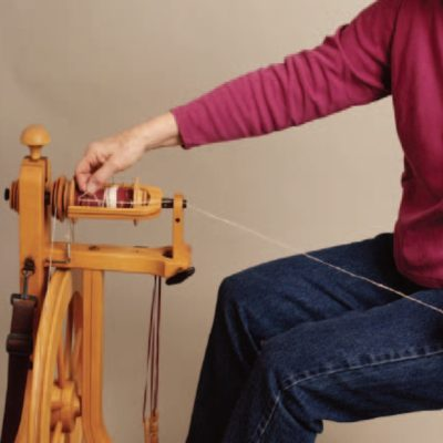How to use a spinning wheel.