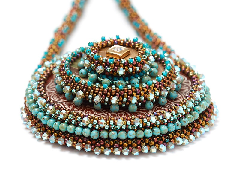 From Seed Bead Embroidery: 3D Layering Bezels with Kinga Nichols