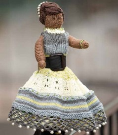 The Coco Holly Topsy-Turvy Doll is a knitted/crochet doll pattern found in our free Knitting and Crochet Patterns eBook.