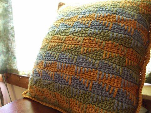 Spike Stitch Pillow Sham Interweave