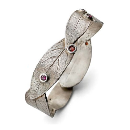 EZ960 Sterling Metal Clay Bracelet with a Hidden Catch by Noël Yovovich