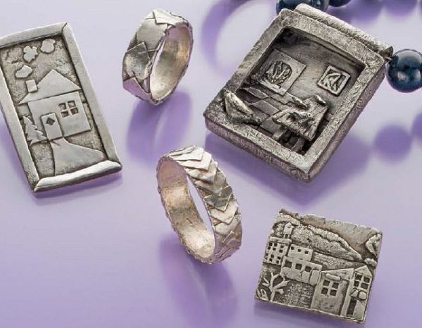 metal clay jewelry making with paper metal clay by Noel Yovovich