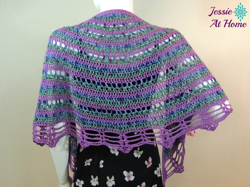This crochet wrap is beautiful.