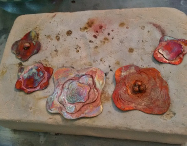 how to create colorful heat patinas when making copper jewelry