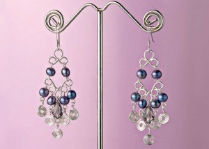 Learn how to make these dangling pearl earrings in our FREE eBook that contains 3 DIY pearl jewelry projects.