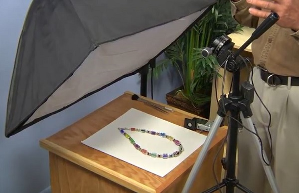 how to photograph your jewelry