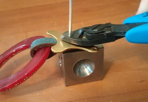 riveting-essentials-block