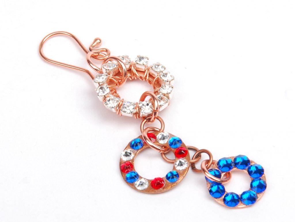 sparkle sprockets step 11. Free jewelry–making project using Swarovski crystals