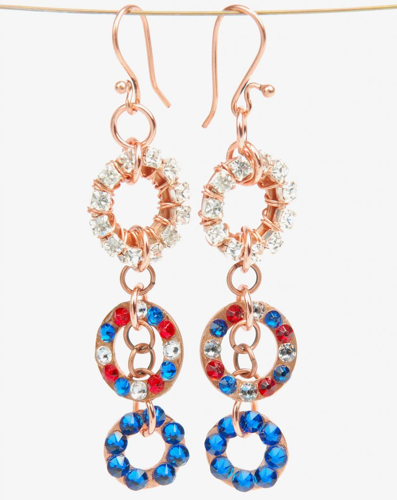 Sparkling Sprocket Earrings, by Tammy Honaman. Quick & Easy earring project with instructions.