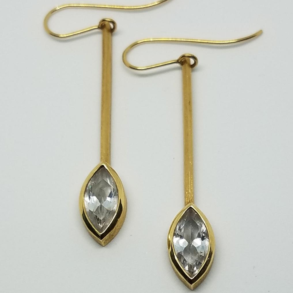 Michael David Sturlin goldsmith 18k gold diamond bezel drop earrings