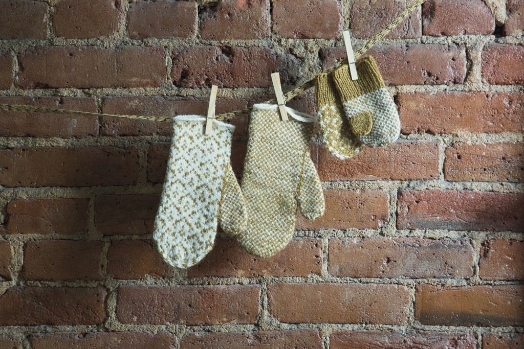 toddllers Damask-Mittens