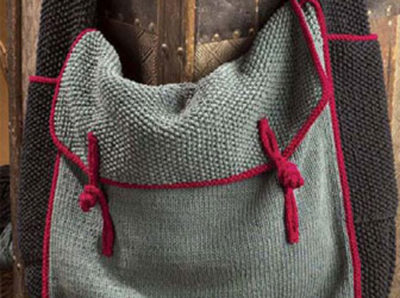 You'll love knitting this knitted travel bag found in this free knitting pattern eBook.