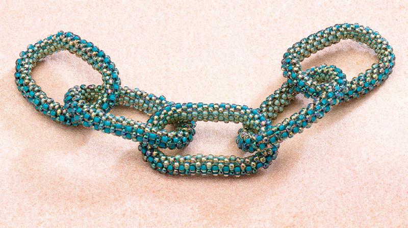 Journey to the Next Dimension: Melinda Barta's Top 5 Tips for Tubular Peyote Stitch
