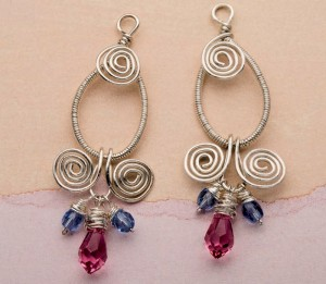 Learn how to make these wire-wrapped earrings in this free wire jewelry patterns ebook.