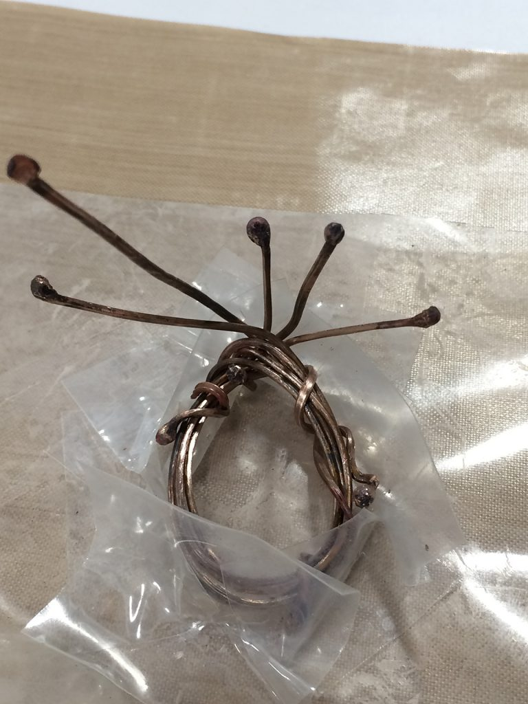 Susan Lenart Kazmer wire bezel made in class by Tammy Honaman. Bead Fest 2016